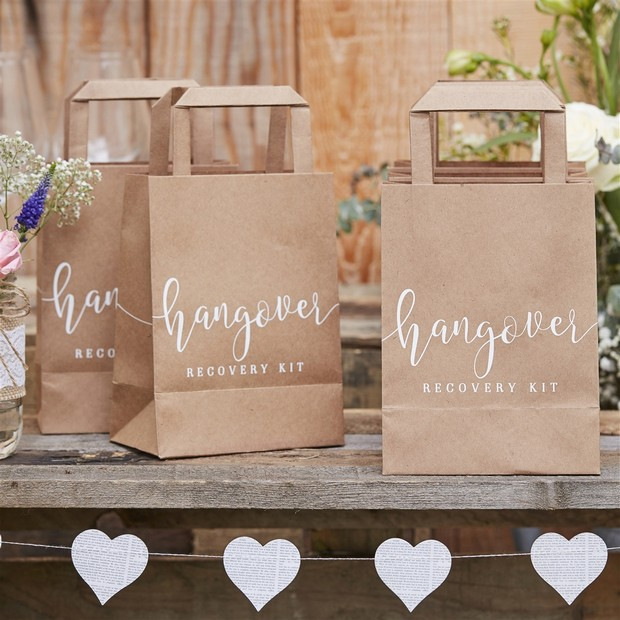 24 Brilliant Decor Buys You'll Want for Your Wedding images 17