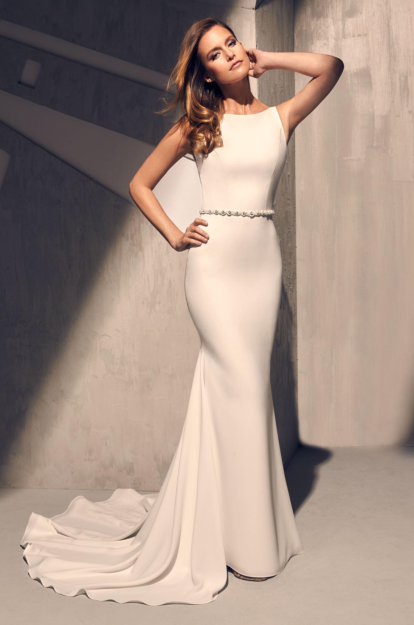 17 Chic, Minimal Wedding Dresses for Modern Brides images 8