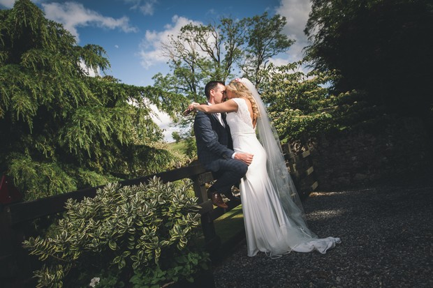 A Stylish Bridge House Hotel Wedding by Darren Byrne Photography & Film images 51
