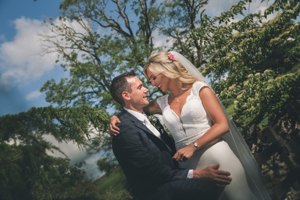 A Stylish Bridge House Hotel Wedding by Darren Byrne Photography & Film images 52