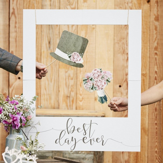 24 Brilliant Decor Buys You'll Want for Your Wedding images 4