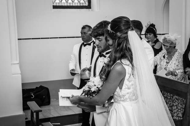 A Traditional Sun-Filled Wedding by Lyndyloo in Spain images 20