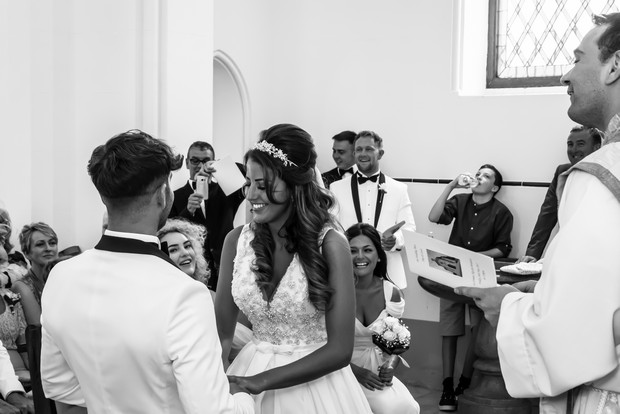 A Traditional Sun-Filled Wedding by Lyndyloo in Spain images 23