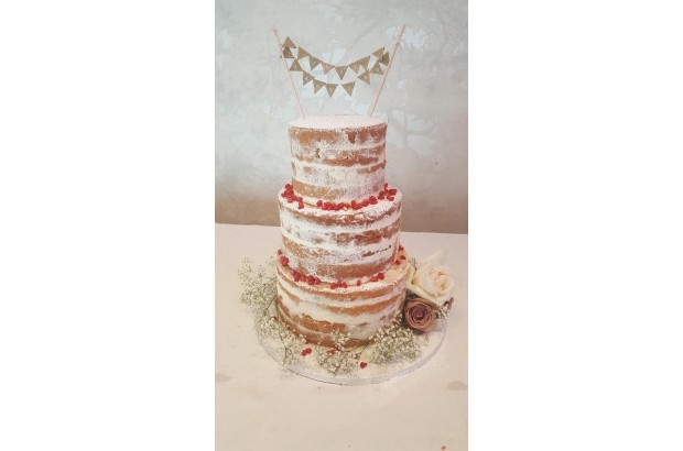 17 Lovely Wedding Cakes images 15