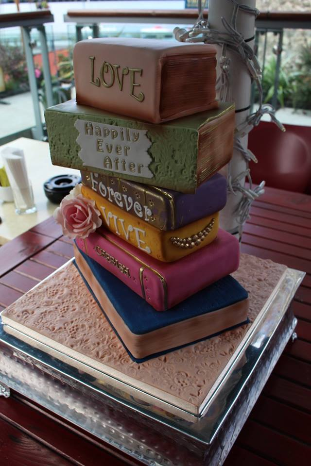 17 Lovely Wedding Cakes images 16