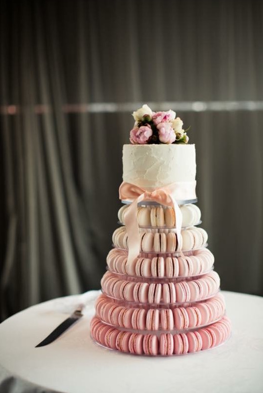 17 Lovely Wedding Cakes images 6