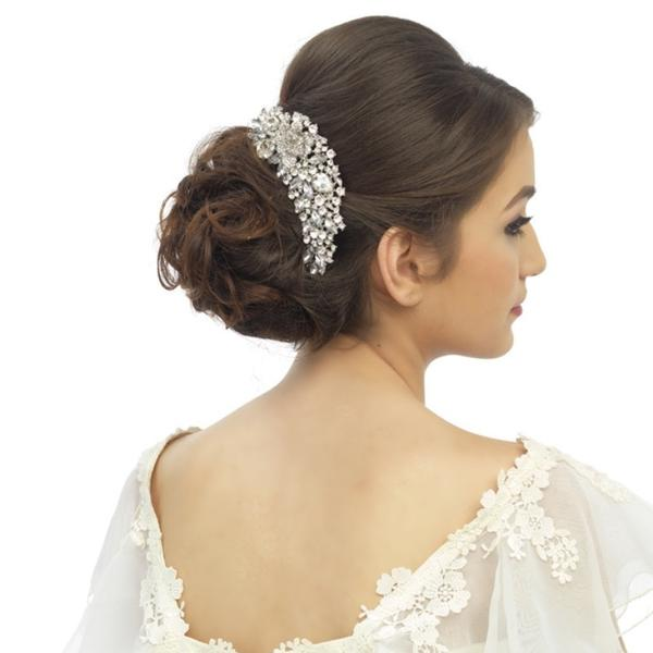 20 Beautiful Hair Combs for Vintage-Loving Brides images 7