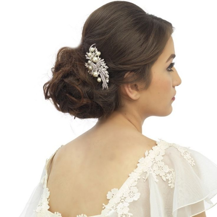 20 Beautiful Hair Combs for Vintage-Loving Brides images 12