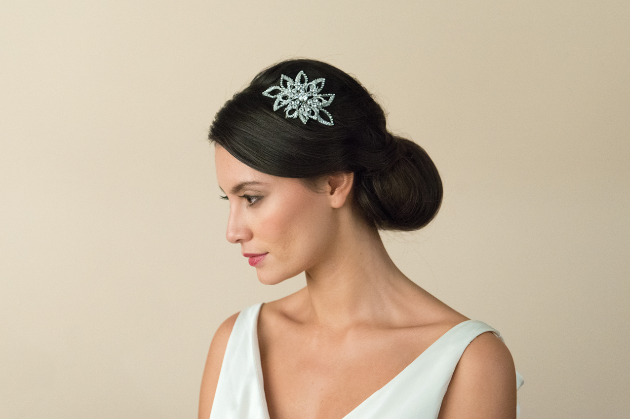 20 Beautiful Hair Combs for Vintage-Loving Brides images 11