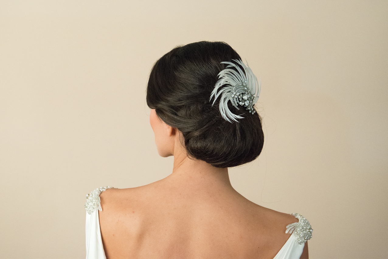 20 Beautiful Hair Combs for Vintage-Loving Brides images 13