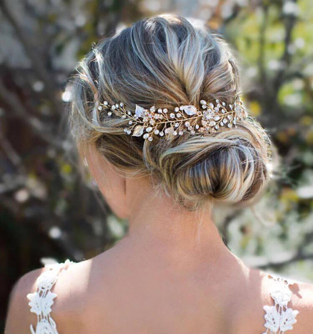 20 Beautiful Hair Combs for Vintage-Loving Brides images 14