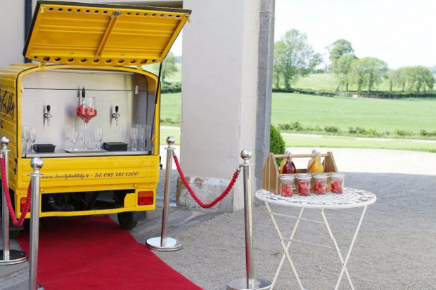 7 Food & Drinks Stations Guests Will Flock to! images 2