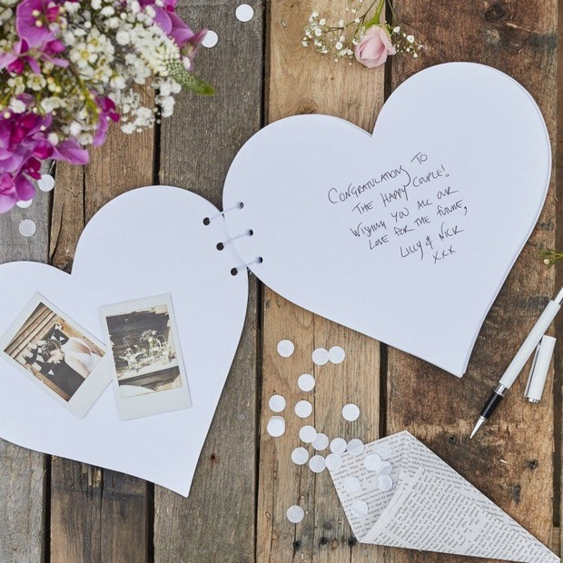 13 Gorgeous Wedding Guest Books You Can Pick Up Now! images 7