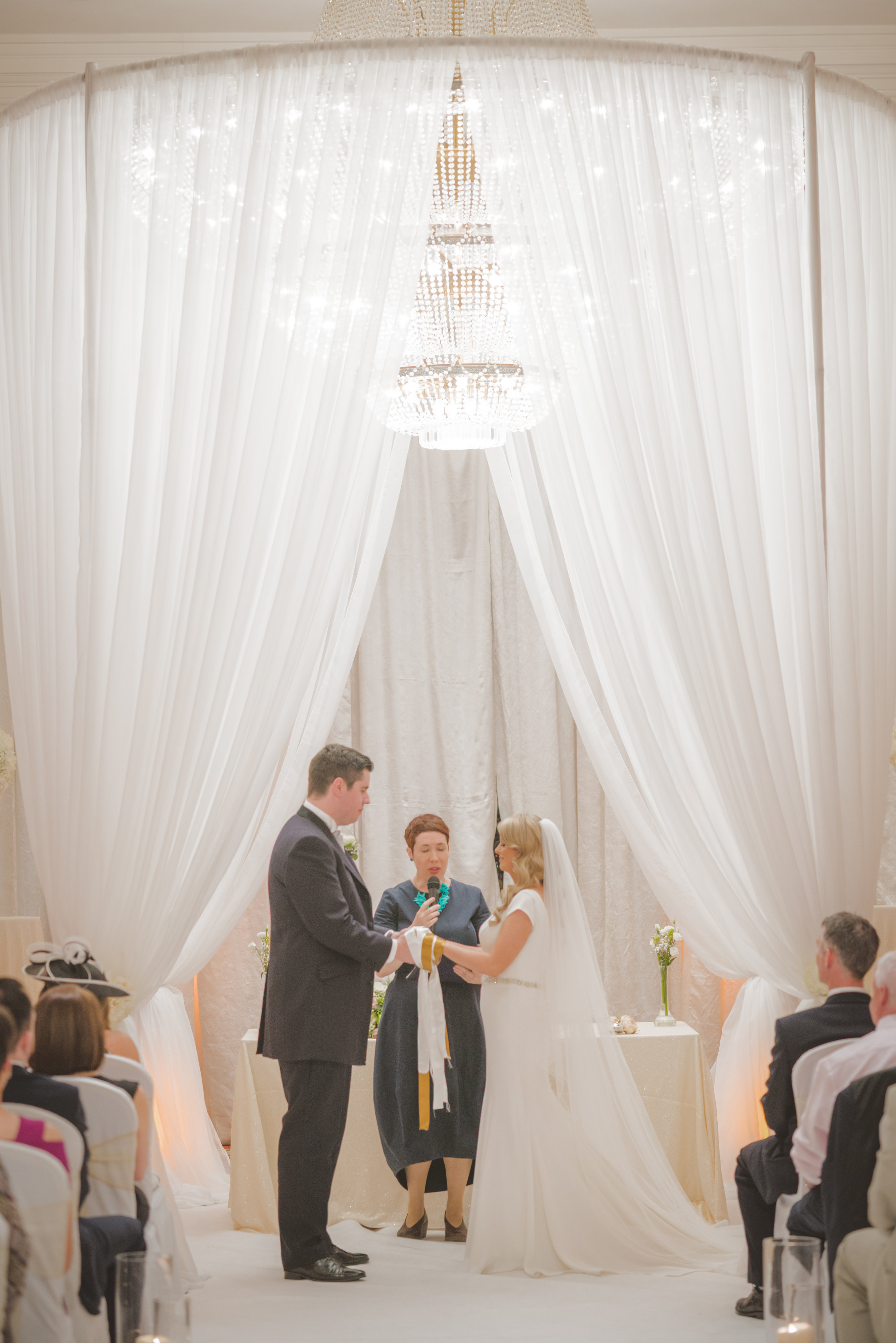 A Hollywood Glam Wedding at Knightsbrook by Paul Duane Photography