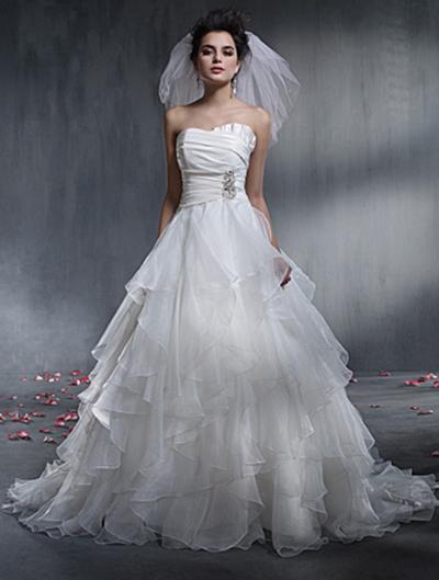Vestido de novia de tafetán de Alfred Angelo