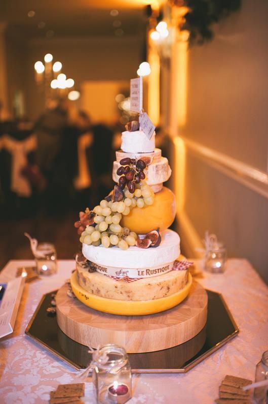 Jennie & Colin reception cheese cake