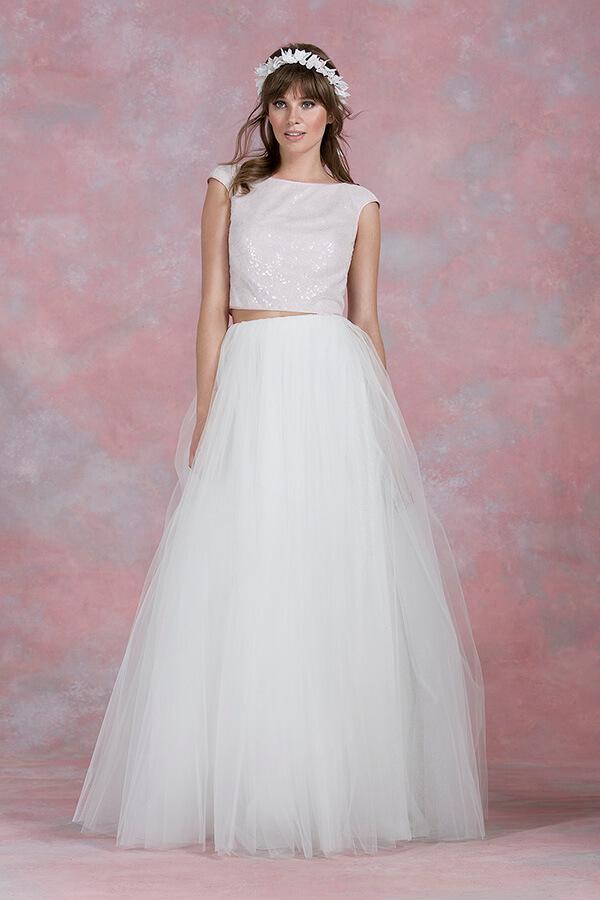 Wedding-dress-details-Kelsey-Rose