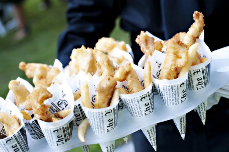 fish-chips-cones-wedding