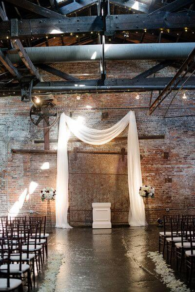modern-industrial-wedding-ceremony-setup-inspiration