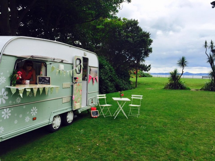 vintage-vanp-wedding-food-van-hire-ireland-2