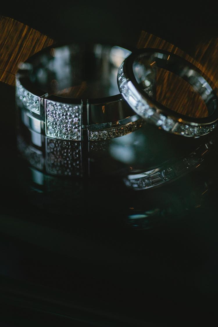 1-intimate-St-Kilda-outdoor-wedding-wedding-rings