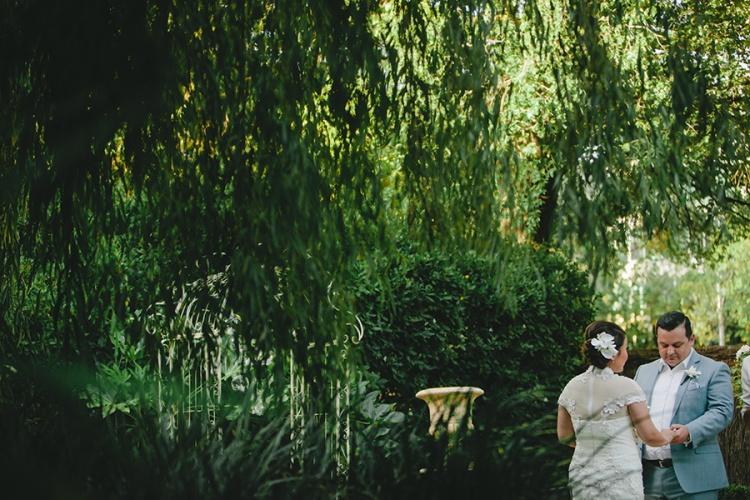 13-intimate-St-Kilda-outdoor-wedding-outdoor-ceremony