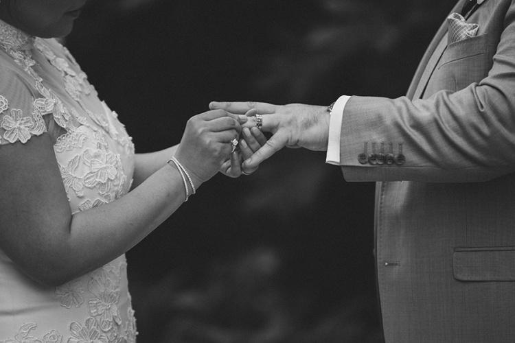15-intimate-St-Kilda-outdoor-wedding-exchanging-rings