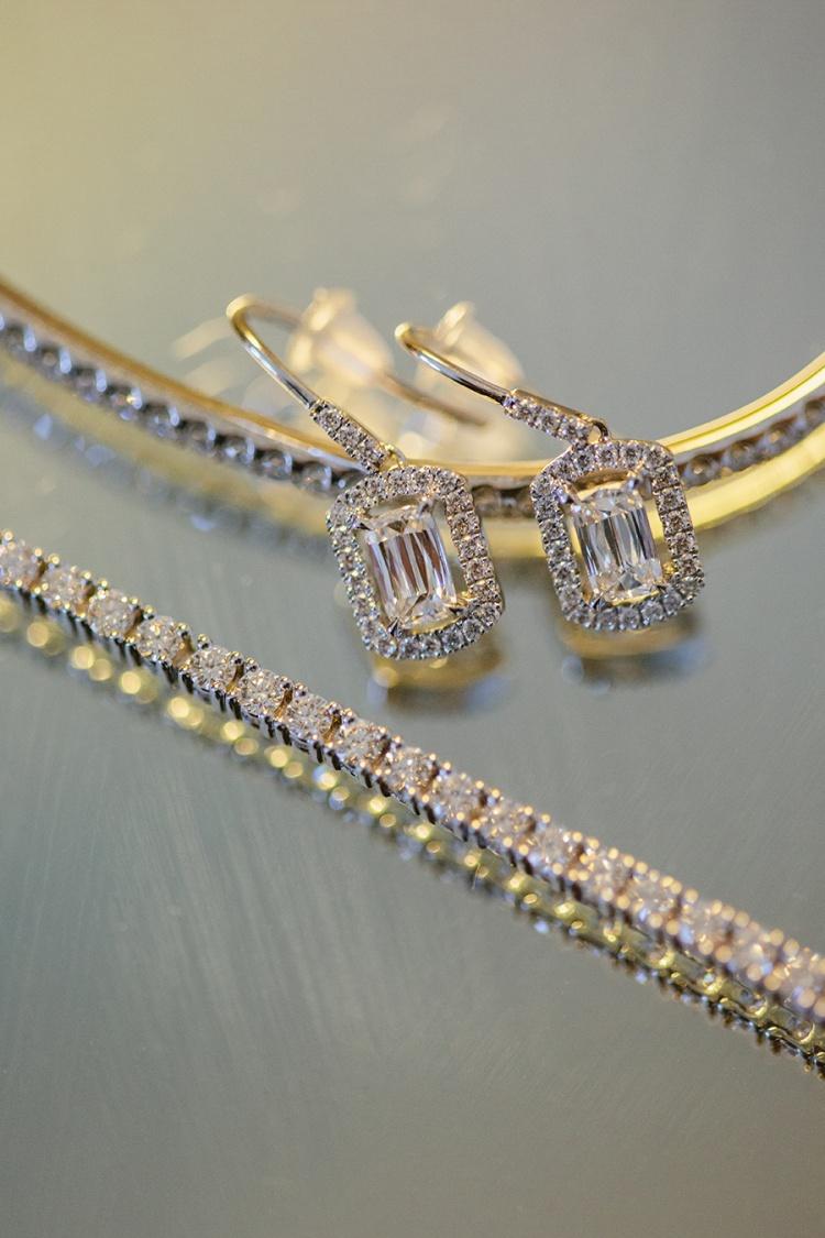 2-intimate-St-Kilda-outdoor-wedding-jewellery