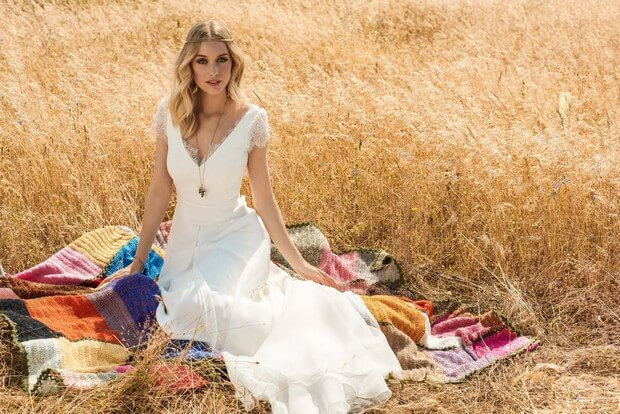 Rembo-styling-2017-Frida-Soft-Chiffon-Lace-Cap-Sleeve-Wedding-Dress-mrs2be