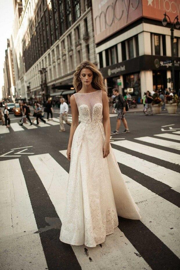 Berta-Bridal-2017-Aline-Wedding-Dress-Collection-0O7A3118-mrs2be