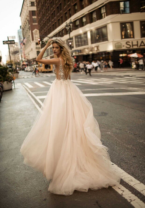 Berta-Bridal-2017-Ballgown-Wedding-Dress-Collection-0O7A2960-mrs2be
