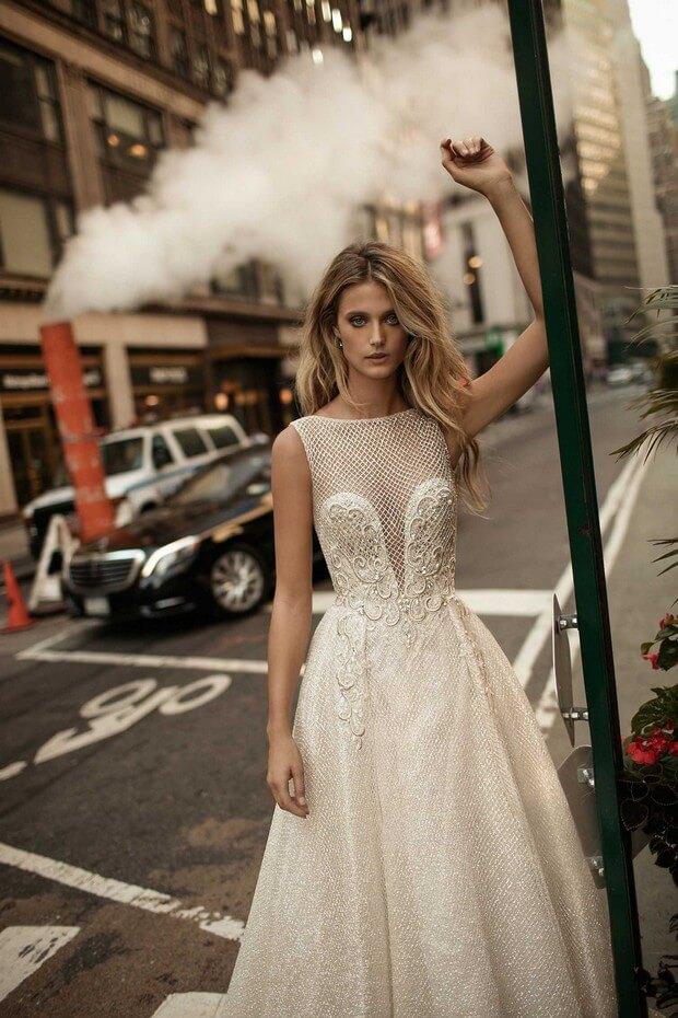 Berta-Bridal-2017-Designer-Wedding-Dress-Collection-0O7A3153-mrs2be