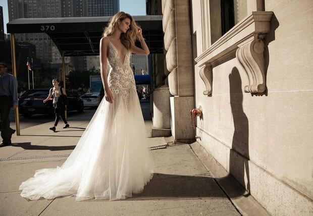 Berta-Bridal-2017-Magical-Fairytale-Wedding-Dress-Collection-0O7A2286-mrs2be