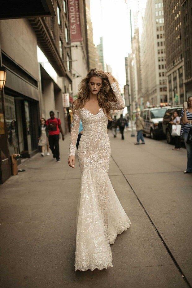 Berta-Bridal-2017-Mermaid-Wedding-Dress-Collection-0O7A3264-mrs2be