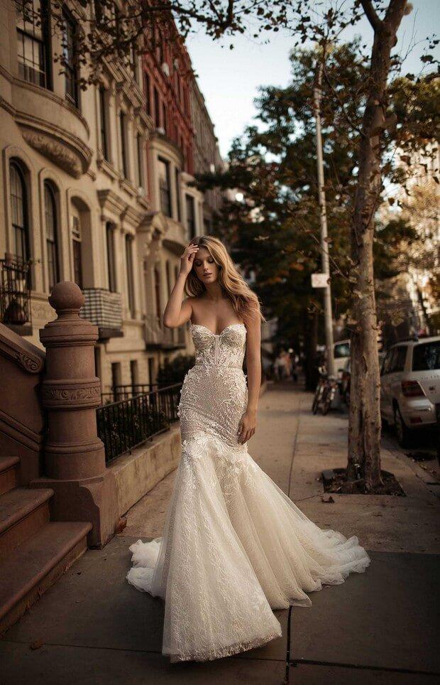 Berta-Bridal-2017-Most-Beautiful-Wedding-Dress-Collection-0O7A2825-mrs2be