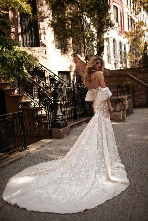 Berta-Bridal-2017-Colección-de-vestidos-de-novia-0O7A2684-mrs2be