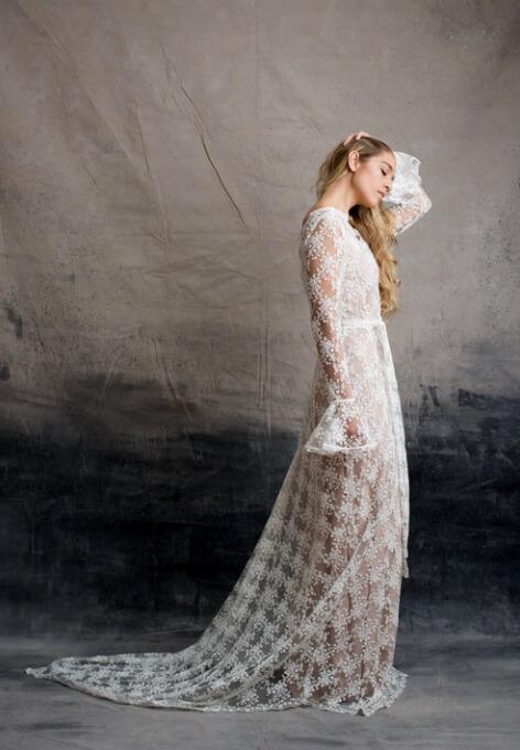 Vestidos de novia bohemios para la novia moderna
