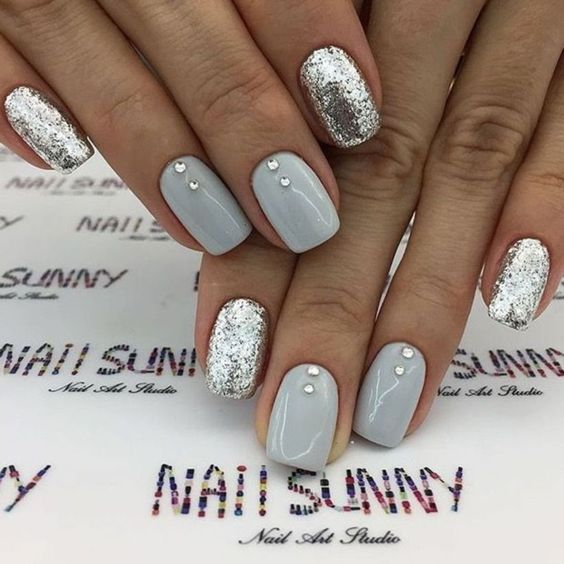 5 Winter Nails Designs For Brides Weddingsonline