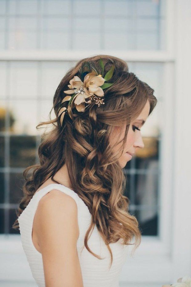 23 absolutely timeless wedding hairstyles photo by brushfire photography junglespirit Gallery