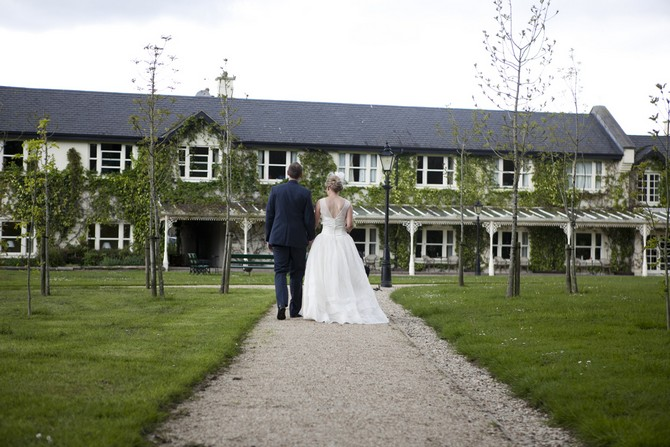 a super summer soir233e real wedding at brooklodge by