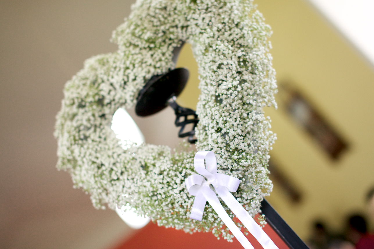 heart shaped wreath wedding