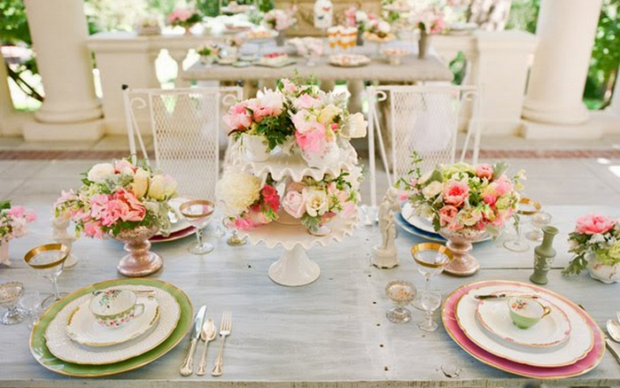 pink green grey wedding table