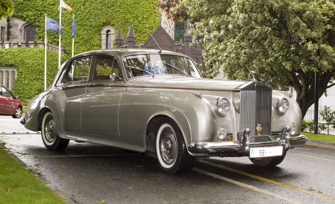 vintage rolls royce silver cloud wedding car
